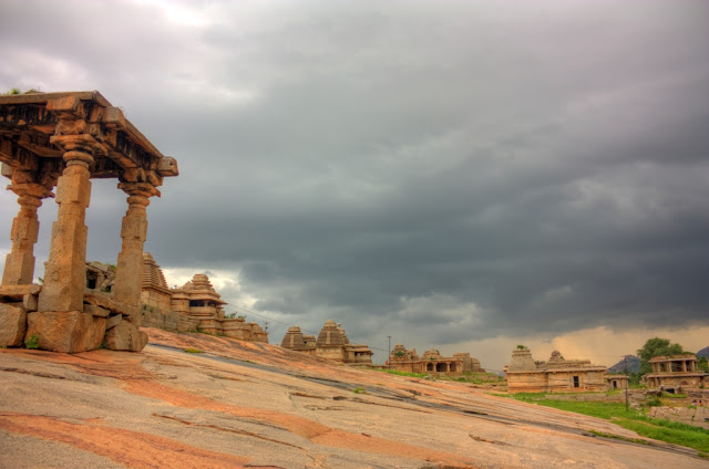 Hemakunta hills - Ancient Indian temple architecture -Hampi Pick, Pack, Go