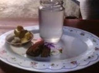 http://www.teluklove.com/2017/01/daya-tarik-wisata-kuliner-khas.html
