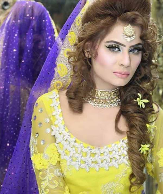 bridal kashee's mehndi day hairstyles
