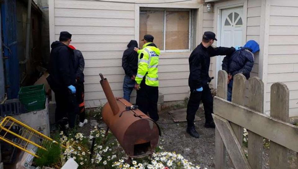 Tres detenidos por intento de robo