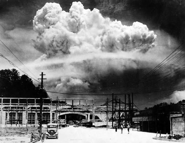 Σαν σήμερα: Οι ΗΠΑ βομβαρδίζουν με ατομική βόμβα το Ναγκασάκι