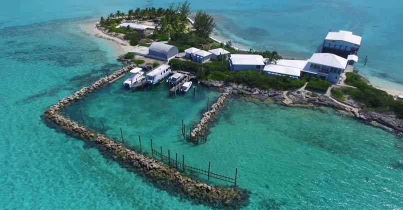 Melihat Lanskap Laut Menakjubkan di Bahama