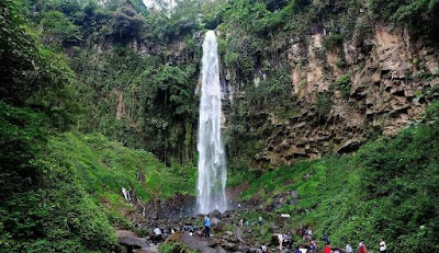 Potensi Wisata di Kawasan Wisata Tawangmangu di Karanganyar Potensi Wisata di Kawasan Wisata Tawangmangu di Karanganyar