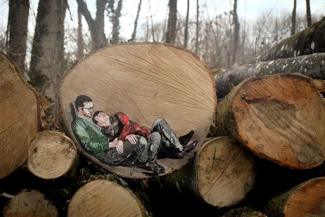 Jana And Js New Stenciled Piece on a Tree Trunk somewhere in the German Countryside. 1