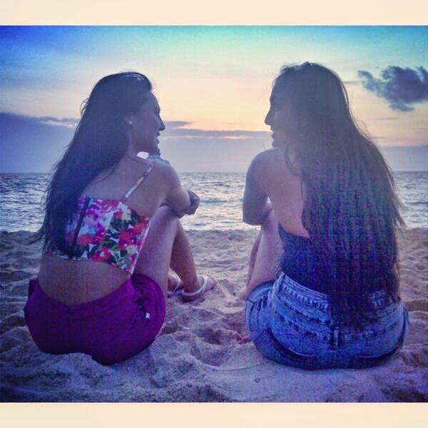 , Karuna Ezara Parikh Hot Pics, Bikini Images, Travelling & Tattoo Images