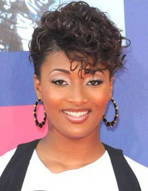 model gaya rambut wanita keriting 2008