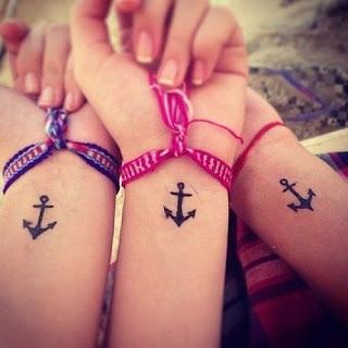 Diseños de tatuajes pequeños para las muñecas
