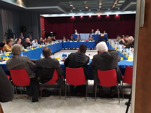 """""""Δια ζώσης και κεκλεισμένων των θυρών"""" το Περιφερειακό Συμβούλιο Πελοποννήσου"""