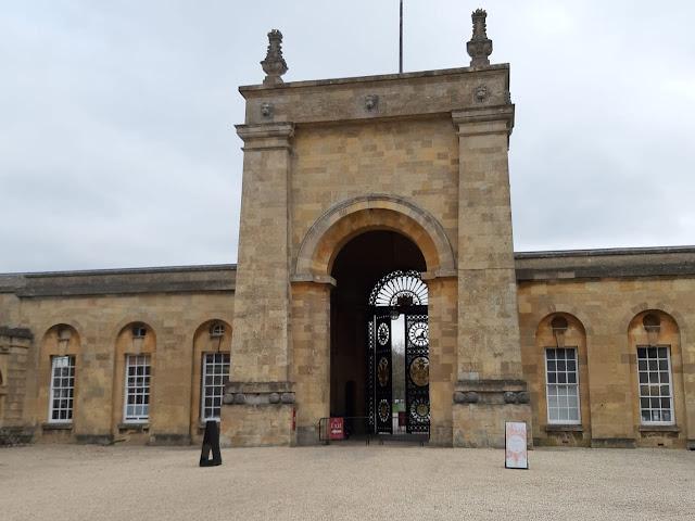 Alasan ke Blenheim Palace