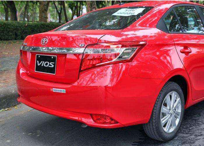 Toyota Vios 2014 giá bao nhiêu (Đuôi xe)