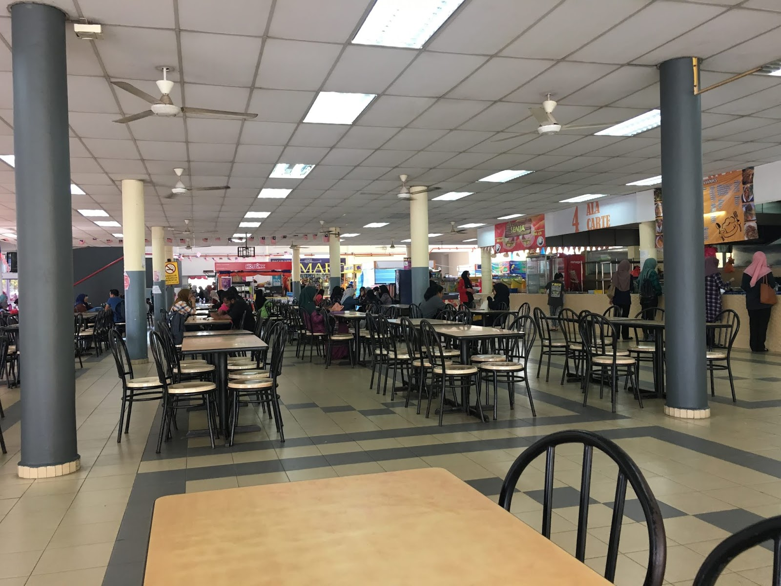 Nuclear Tumbleweeds Unisel Bestari Jaya Students Demand Improvement In Unisel Cafeteria Due To Lack Of Choice