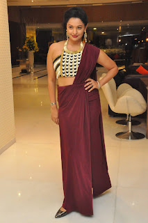 pooja kumar at garuda vega special screening 05