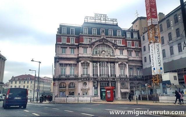 Edificios-pintorescos-en-Lisboa