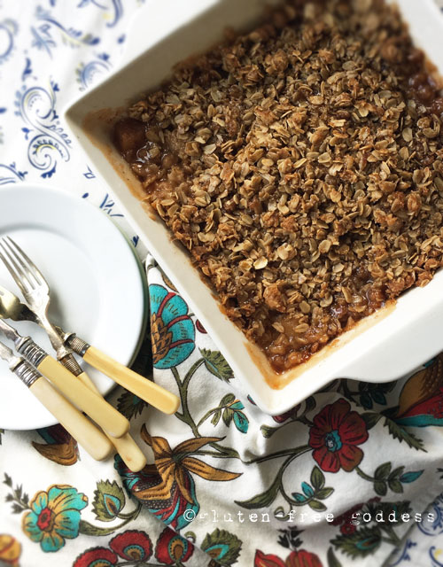 Gluten-Free Apple Crisp with Oats - classic, delicious from Karina