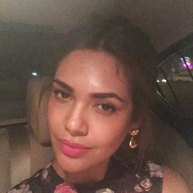 i mean you are dead tired cus youve been up since 6am and driving back home at 12am but then you realise..omg, i've not taken a selfie , today.. i mean how dare i call myself a narcissist ,.. i promise you guys about tonight , b m wi 8 , launch event, Esha Gupta Hot Selfie Pics
