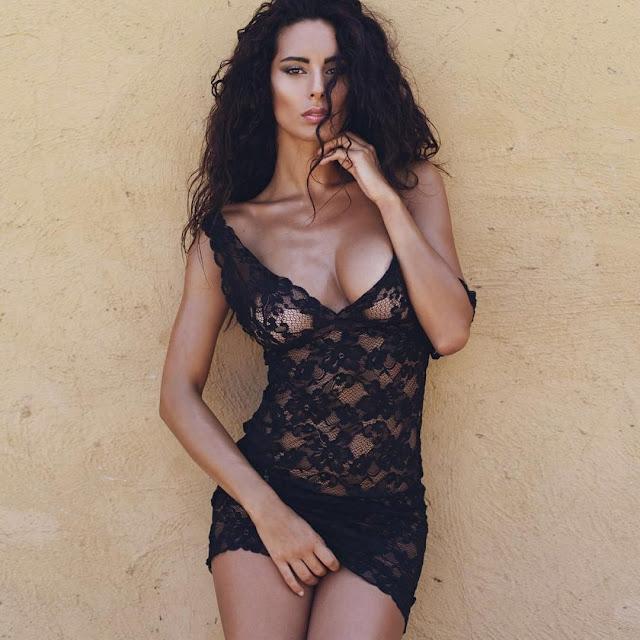 Sexy basket: Raffaella Modugno