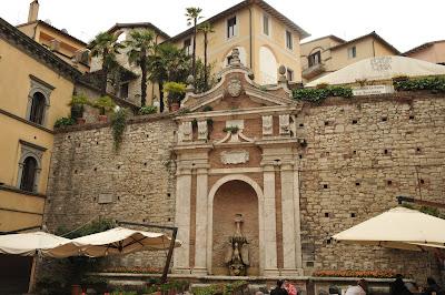 I borghi più belli dell'Umbria: cosa vedere a Todi in un giorno