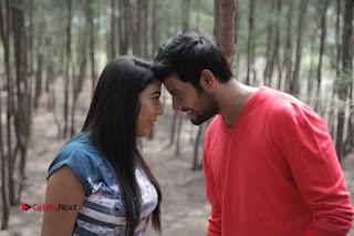 Vincent Asokan Sonia Agarwal Akhil Saran Nayana Starring Yevanavan Movie Stills  0046.jpg