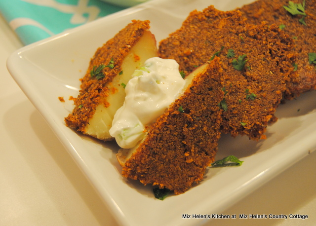 Parmesan Crusted Potatoes With Sour Cream Sauce at Miz Helen's Country Cottage