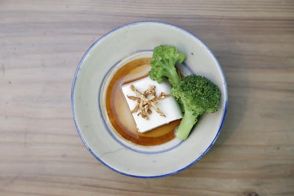 自製花生豆腐佐有機花菜
