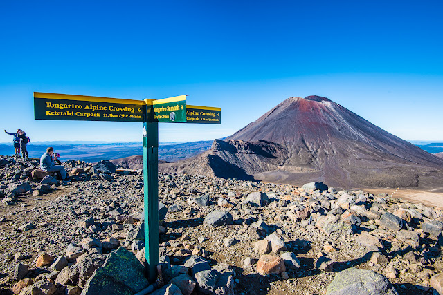 Halfway point on Tongariro Crossing