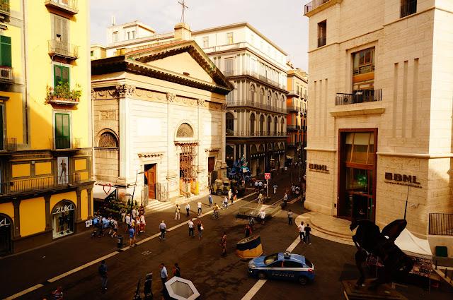 Неаполь в Италии