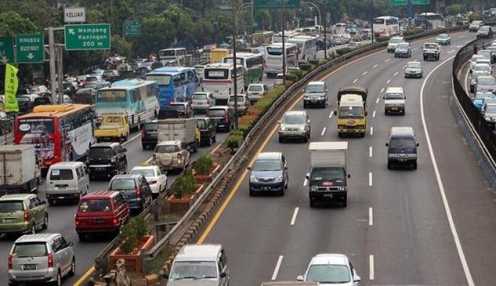 Panduan Pindah Lajur di Jalan Tol, agar Aman dan Selamat