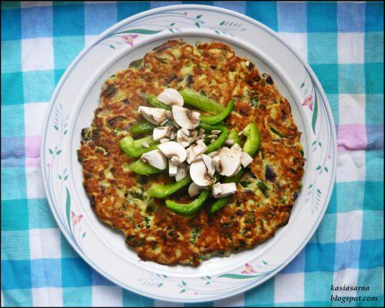 wegetarianski-placek-przepis-jajka-ziemniaki-jarmuz
