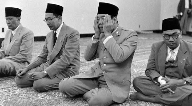 Dengan Islam, Bung Karno Bersandar dan Berkehidupan