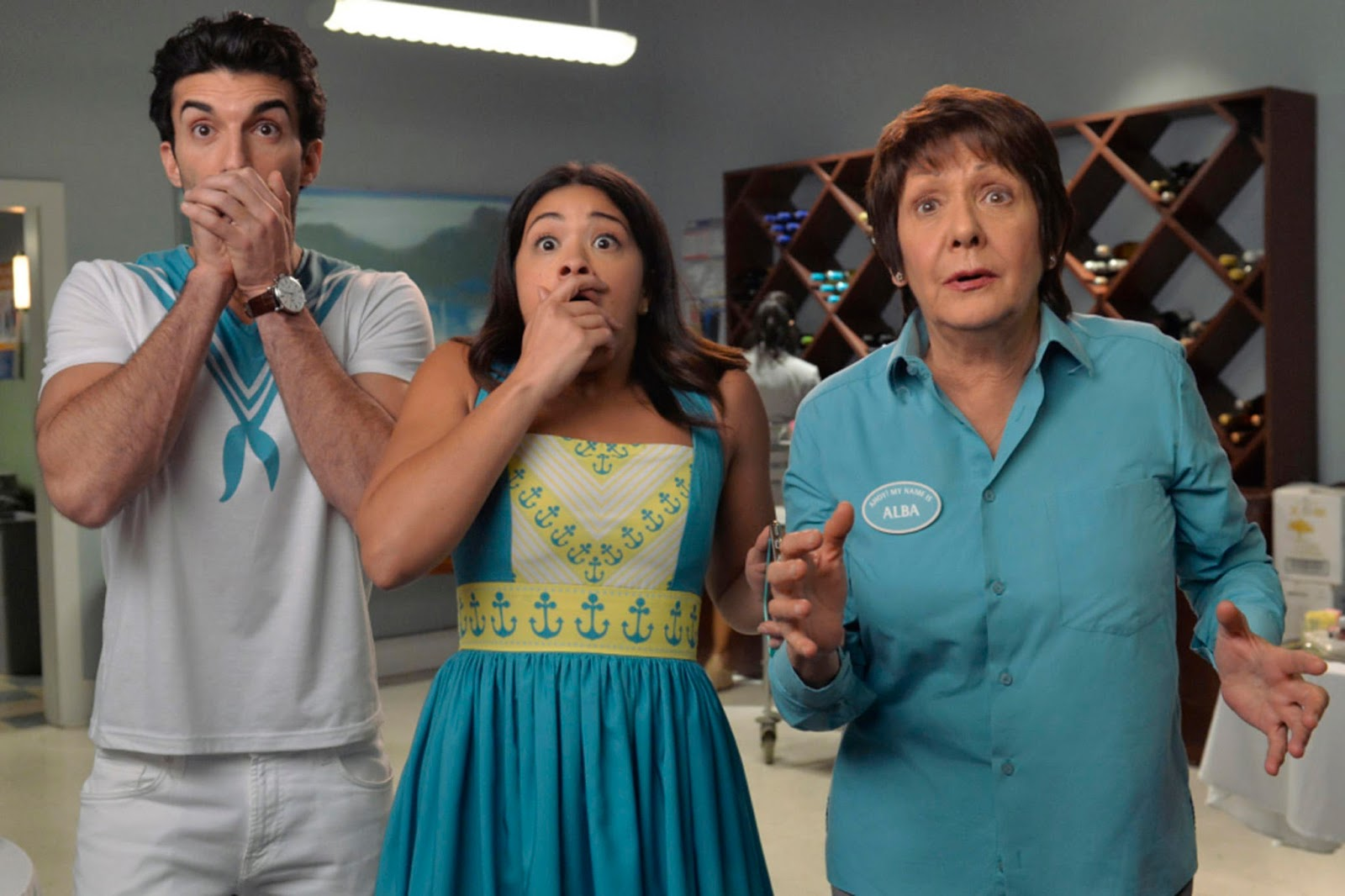 Rafael, Jane y Alba en 'Jane The Virgin'