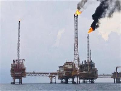 بشرة خير, وزارة البترول, اكتشافان جديدان, خليج السويس وسيناء,