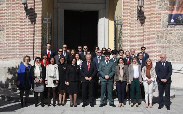 representantes de la corporación municipal y autoridades , participación en las fiestas de Ilelscas. IMAGEN COMUNICACION ILLESCAS