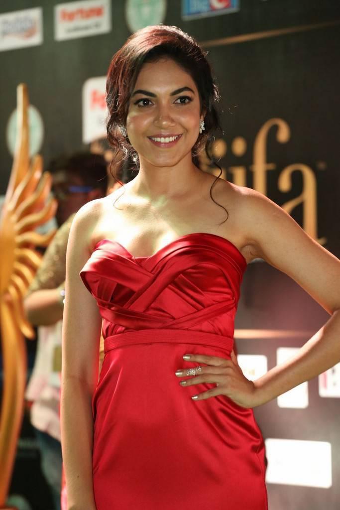 Telugu Model Ritu Varma At IIFA Awards 2017 In Red Dress