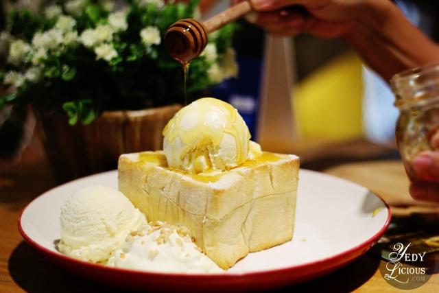 Cafe Shibuya Honey Toast, Cafe Shibuya SM Megamall Blog Review, Cafe Shibuya Branches at SM Megamall, Glorietta 2, Trinoma, SM North Edsa The Block, New Menu, Price, Promo, Address, Location, Contact No., Delivery, Website, Facebook, Instagram, Twitter, YedyLicious Manila Food Blog, Yedy Calaguas