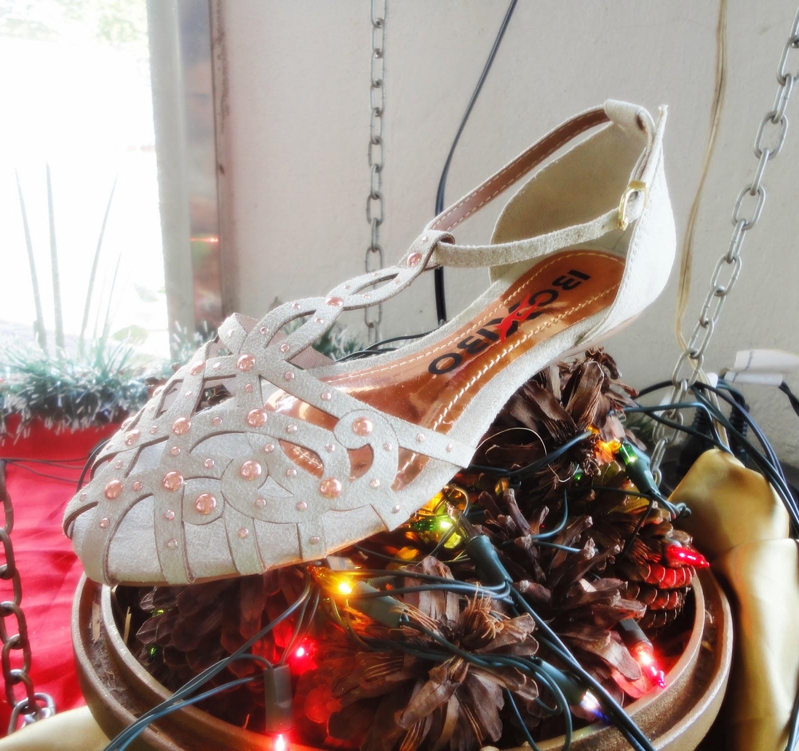 2f7af07351 Lindas sapatilhas para as festas de fim de ano.  Sujeito à disponibilidade  de estoque. Postado por Lojas Budiski ...