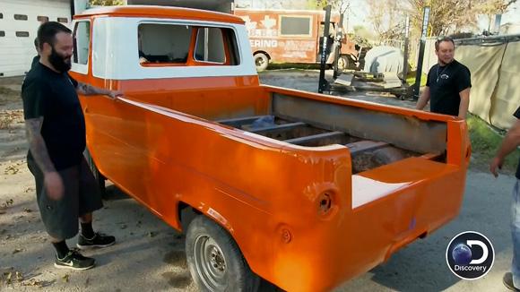 Fired Up Garage : Misfit garage season episode truckin it with