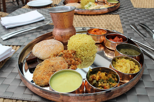 The traditional Goan thali – ft. Le Meridien Goa, Calangute