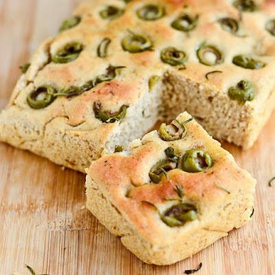 http://findingmywayforward.com/focaccia-olive-bread-vegan/