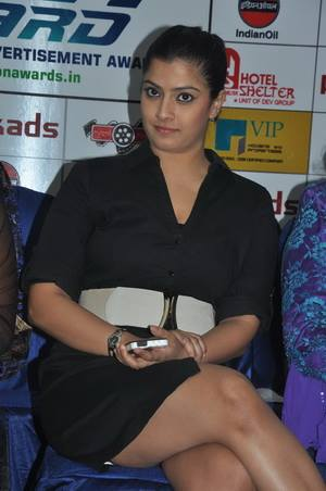 , Hot Pics of Varalaxmi Sarathkumar From Real Life