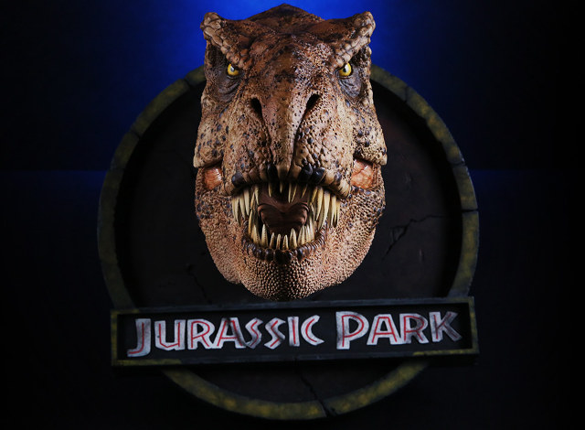 1:5 Scaled Official Jurassic Park T-Rex Bust