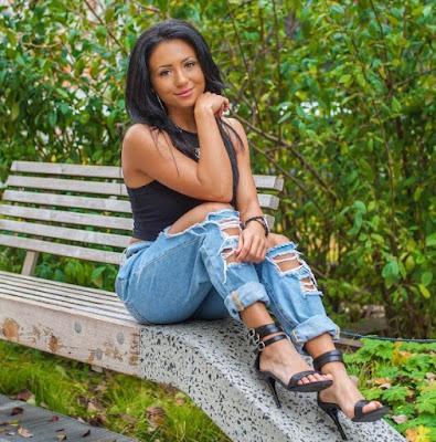 Ashley Nocera blue jeans