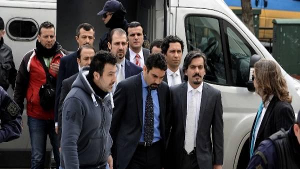 «Η Ελλάδα δεν εκδίδει τους «8» γιατί είναι κατάσκοποί της»