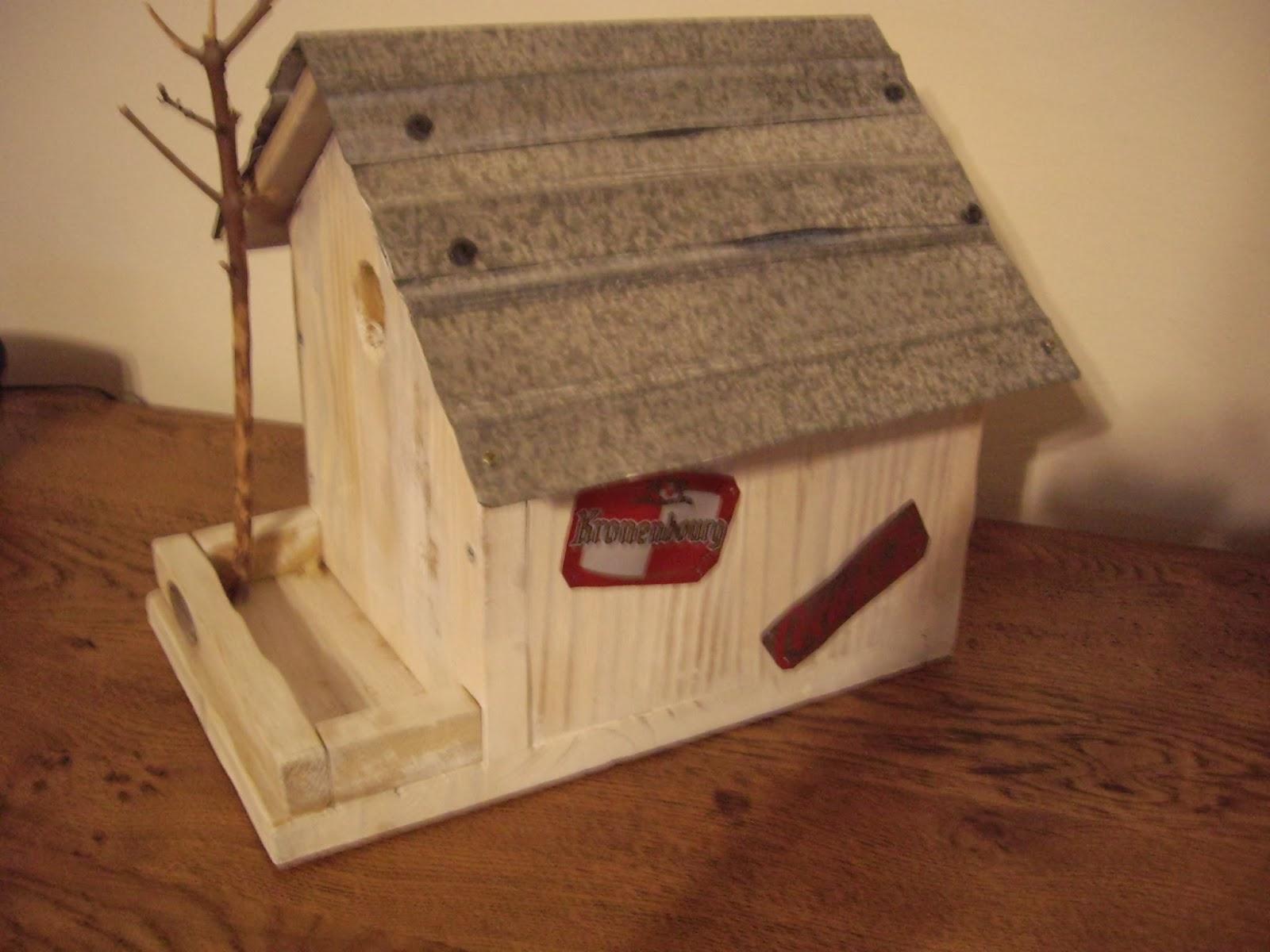 objets d co tutoriels et meubles en bois de palettes pour les petits zoziaux. Black Bedroom Furniture Sets. Home Design Ideas