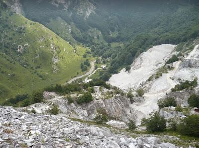 Le cave di marmo della Val Serenaia