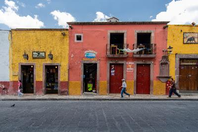 Em San Miguel de Allende (Guanajuato, México), by Guillermo Aldaya / PhotoConversa