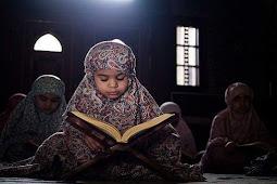 Adab dan Sunnah Rasulullah SAW ~ Adab-Adab Membaca Al-Quran