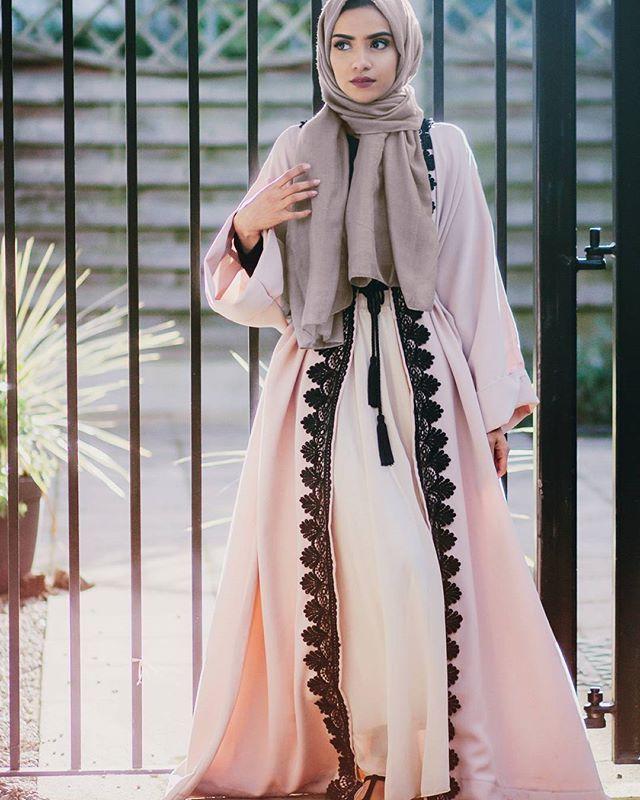 20 mod les hijab moderne pour 2018 les meilleurs styles hijab fashion and chic style. Black Bedroom Furniture Sets. Home Design Ideas