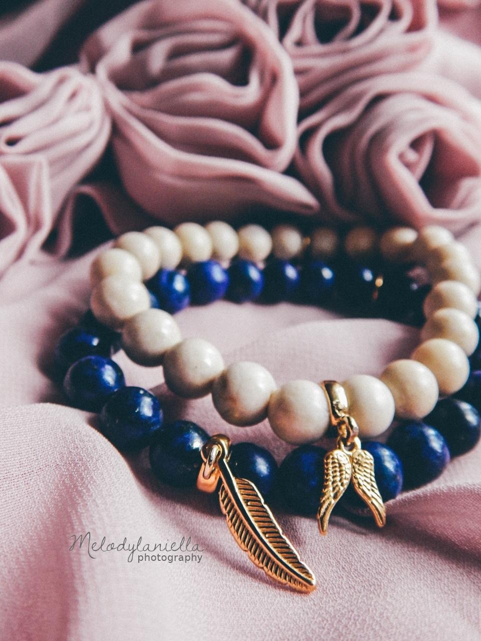 jewellery by Ana bizuteria bransoletki marmur charmsy 24k zloto skrzydla piórko marmur lapis lazuli prezent piekne