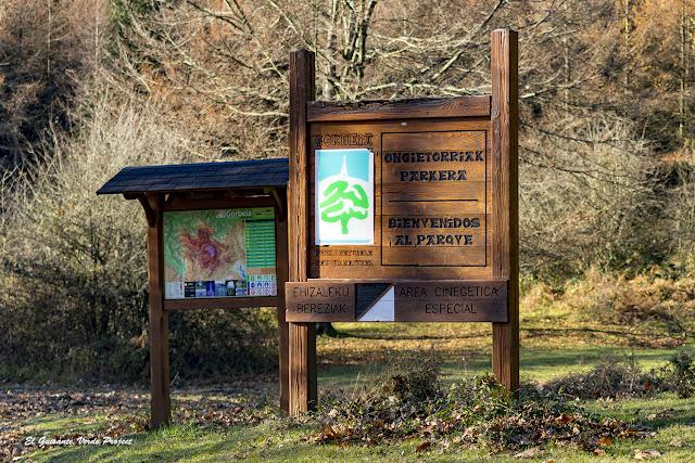 Parque Natural del Gorbea, cartel, por El Guisante Verde Project