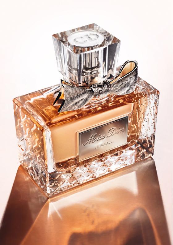 Miss Dior Le Parfum profumo, fragranza, flacone 2012, Natalie Portman, video e foto
